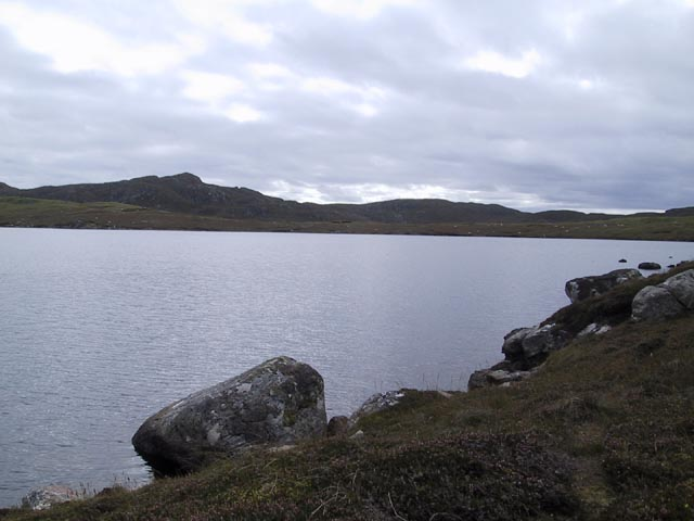 Loch Raoinebhat rocks