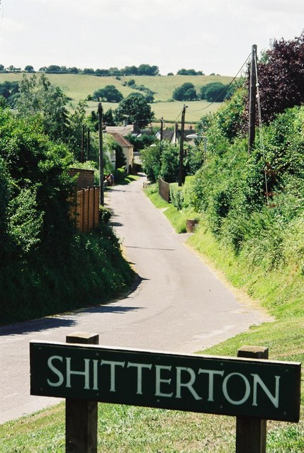 Shitterton: approach road