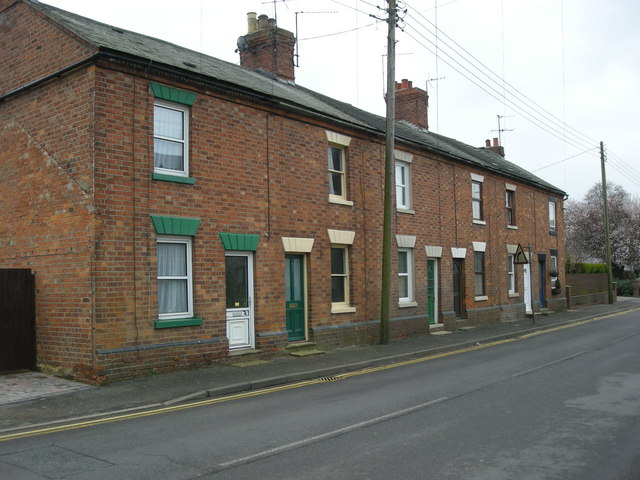 Long Buckby-High Street