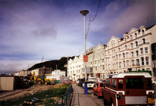 Queen's Promenade