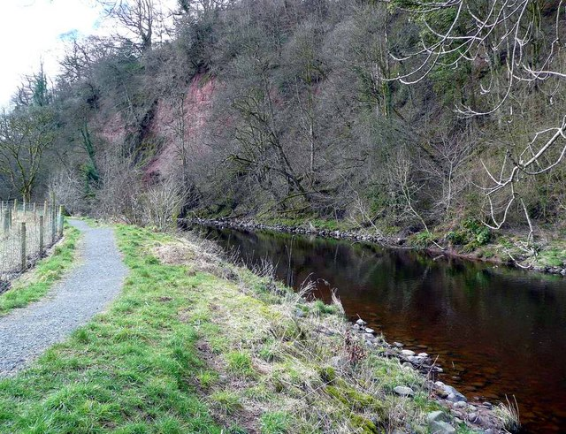 The River Ayr Way west of Catrine