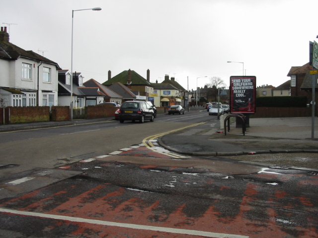 Looking S along Newington Road from Bush Avenue