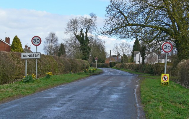 Lutterworth Road towards Arnesby