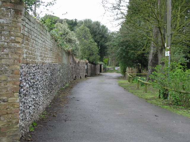 Wall and path near Northdown Park