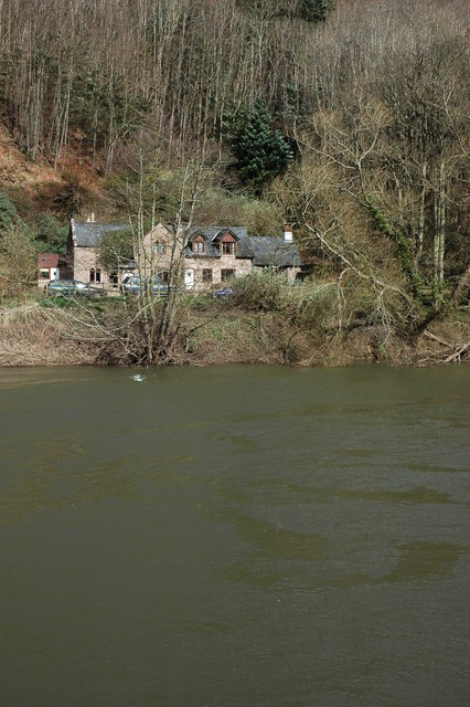 Cottage overlooking the River Wye