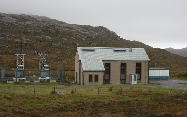 Small hydro-electric power station using water from Loch Chliostair