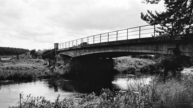 Upstream view from under Arthur's Bridge