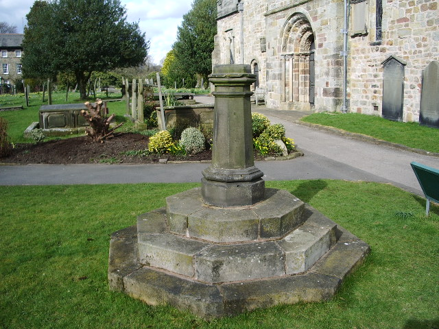 St Mary's Church, Kirkby Lonsdale, Sundial