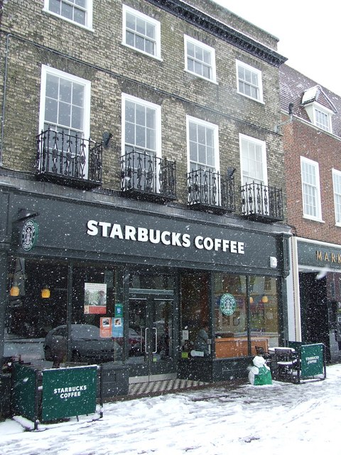 Starbucks with new staff