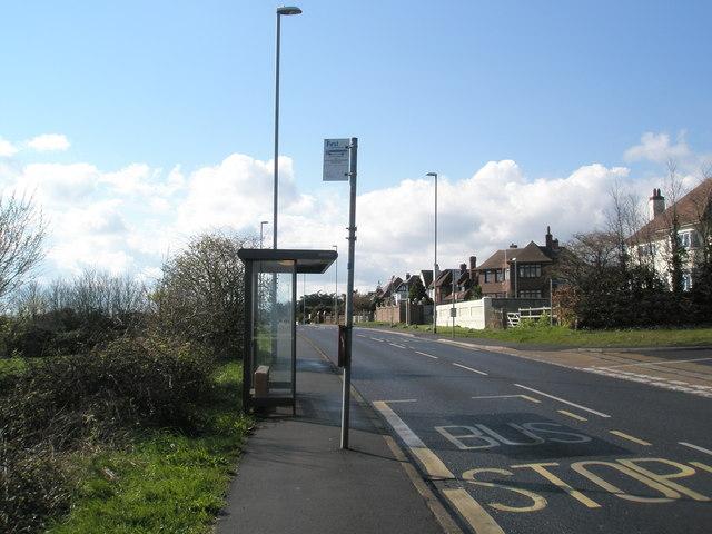 Looking westwards along Portsdown Hill Road