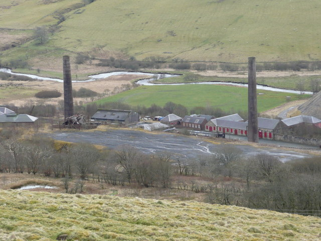 The chimneys at Dunaskin