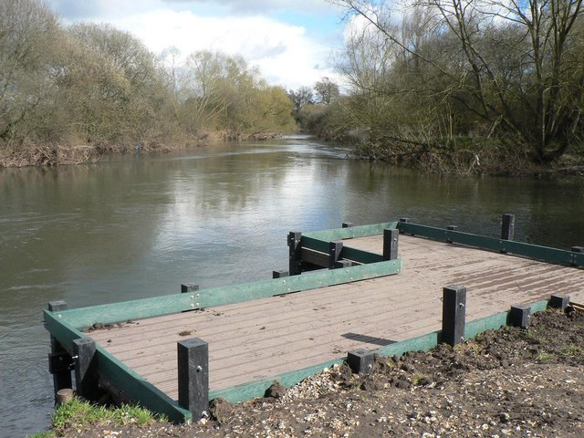 Redhill: fishing platform on the Stour