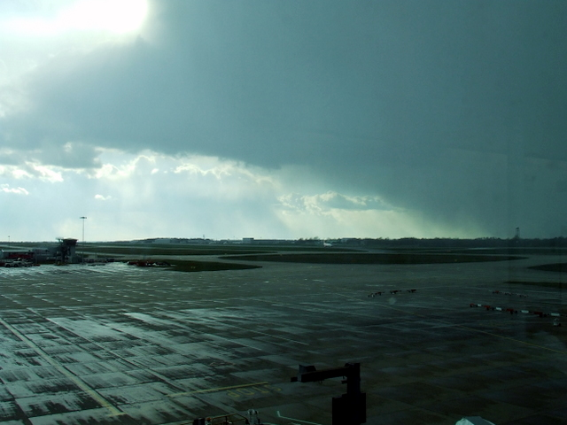 Snowstorm passing Stansted Airport