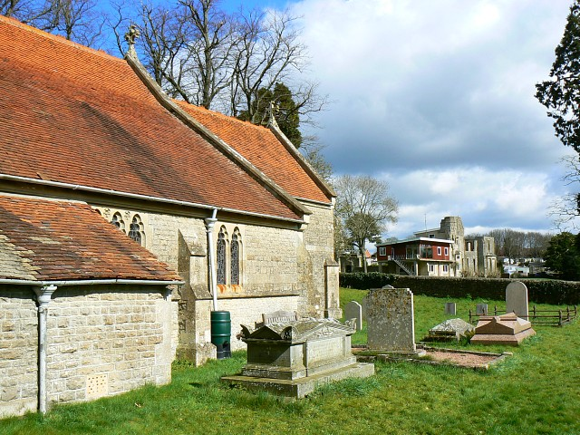St Andrew's churchyard, Blunsdon St Andrew