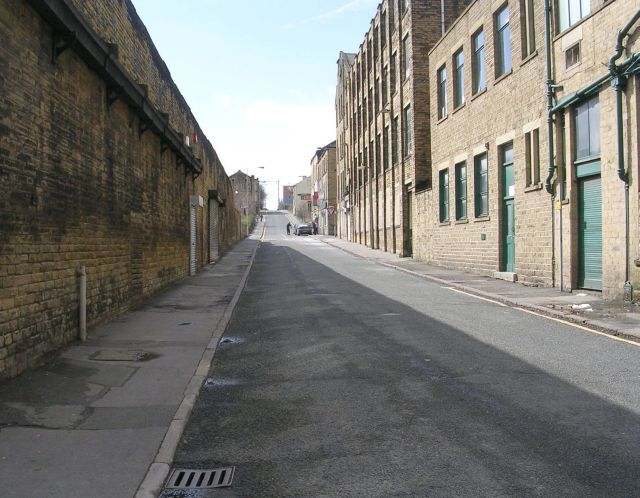 Longside Lane - Thornton Road