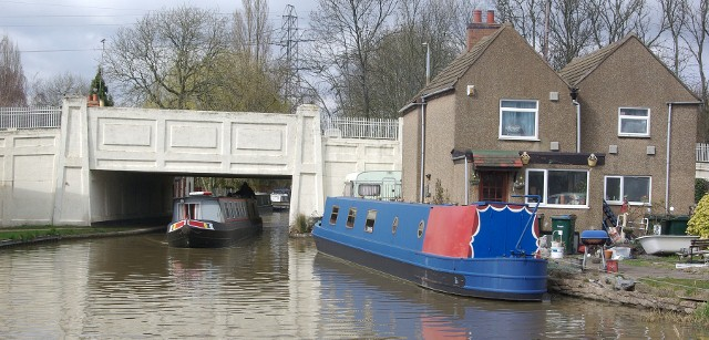 Coventry Canal passing under Alderman's Green Road