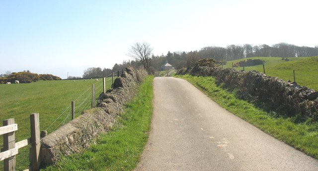 View back uphill towards Ty Newydd
