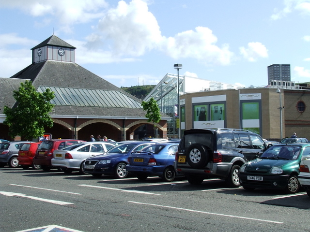 Tesco and the Oak Mall