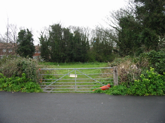 Gateway to a small paddock off St Peter's Footpath