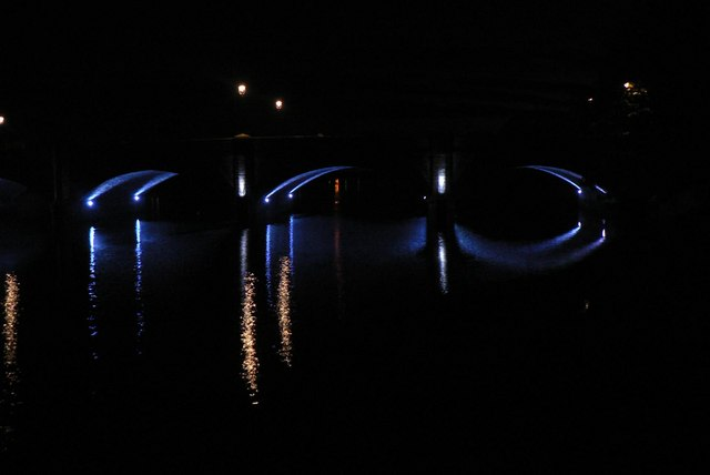 Thurso: bridge by night