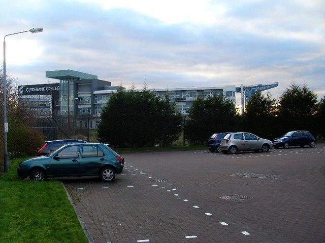 Clydebank College and Titan Crane