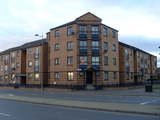 Flats on Glasgow Road, Clydebank