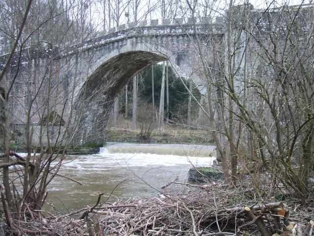 Bridge and weir across the River Teme.