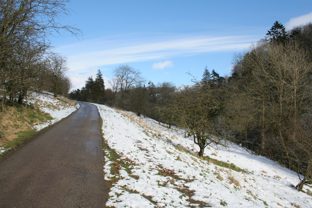 Track to Winterburn Reservoir