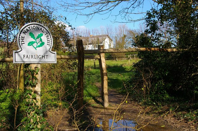 Footpath to Fairlight