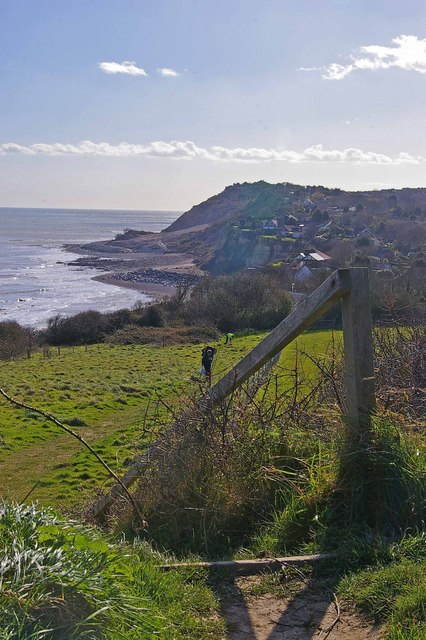 View to Fairlight Cove