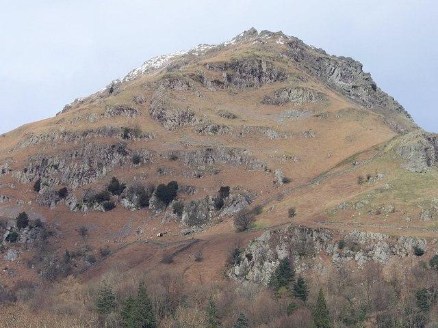Rescue Helicopter below Jackdaw Crag