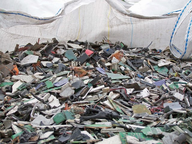 E-Waste. Image Copyright Richard Dorrell.&amp;nbsp; Used under CC BY-SA 2.0.