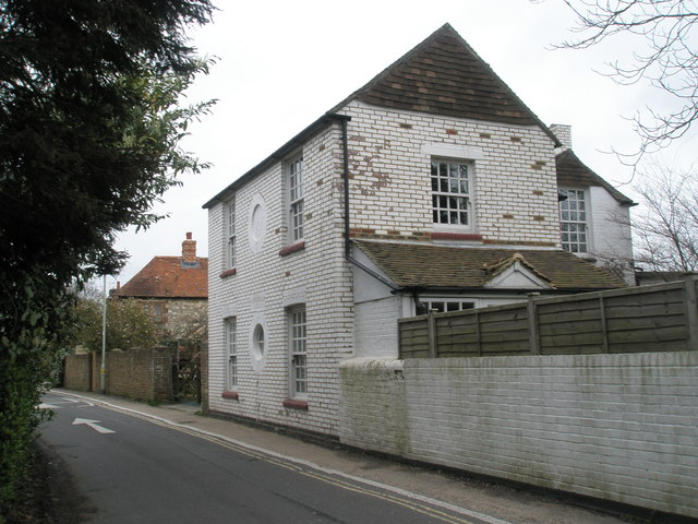 Older house in Southleigh Road
