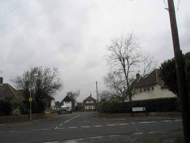 Junction of Weavers Green and Spindle Close
