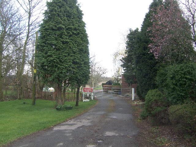 Footpath to Cheslyn Hay