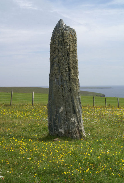 Clivocast standing stone