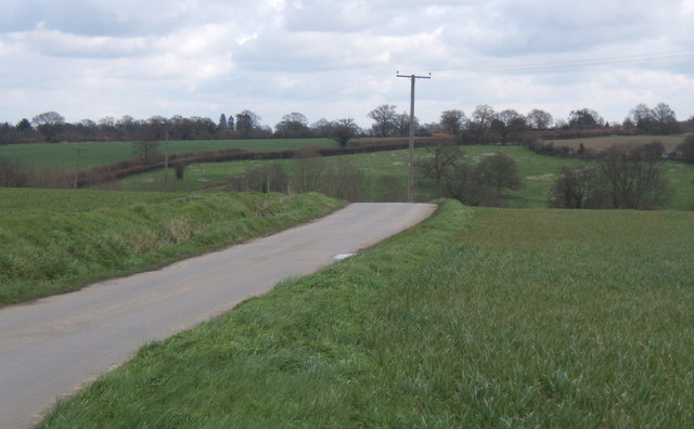 Lane northwest of Fordham, before drop towards King's Farm
