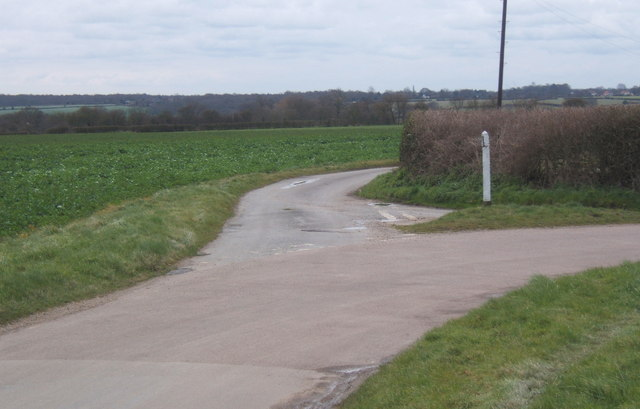 Fossetts Lane junction, northeast of Fordham