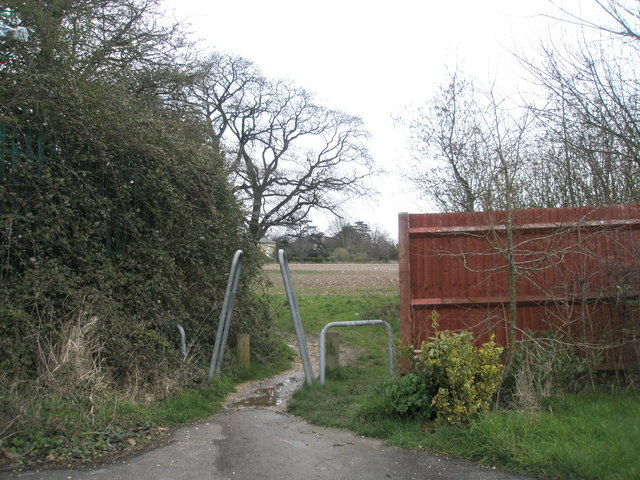 Entrance to East Leigh Farm from Denvilles