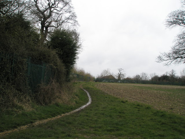 Path from  Denvilles running behind Wyevale at East Leigh Farm