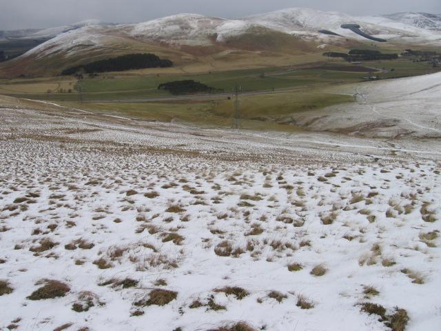 Harryburn Brae towards Raggengill Hill