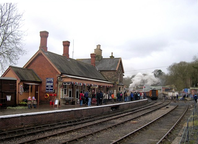 Highley Station on Reopening Day - Good Friday 2008