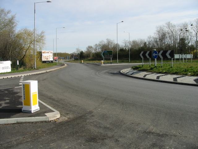 New roundabout on the A256