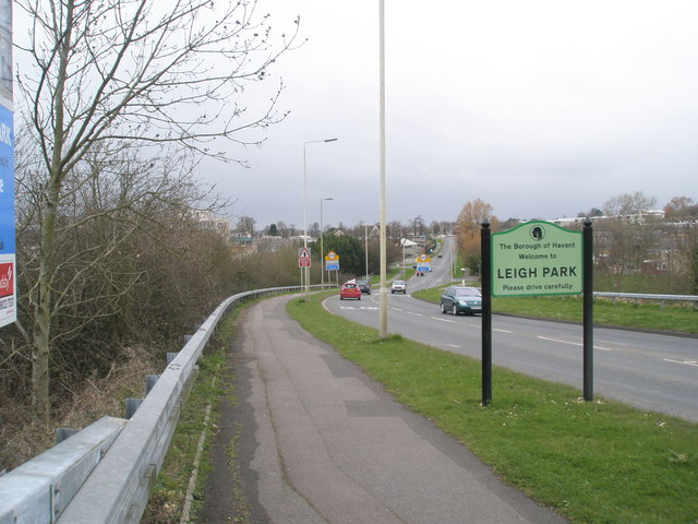 """""""Welcome to Leigh Park"""" sign in Bartons Road"""