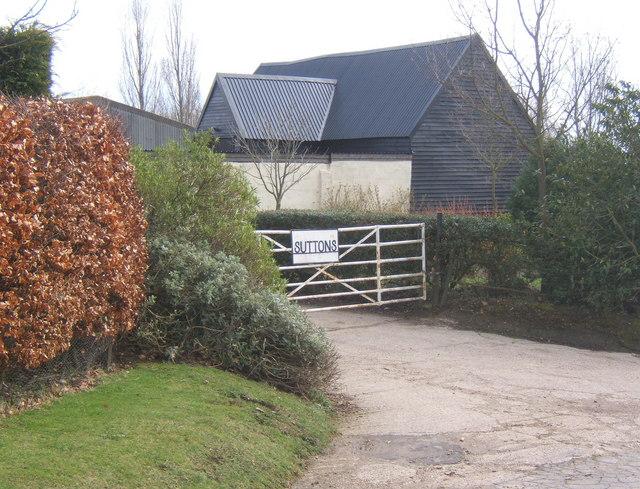 Sutton's Farm, entrance to farm buildings