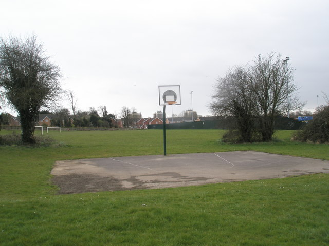 Basketball practice area in Bartons Road