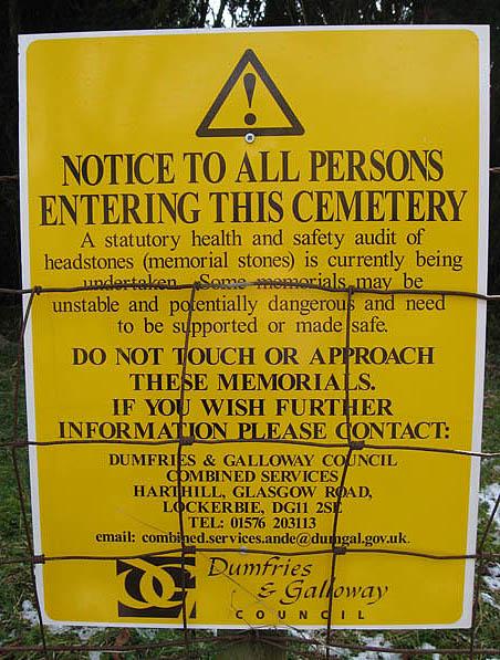 Warning notice at Unthank graveyard