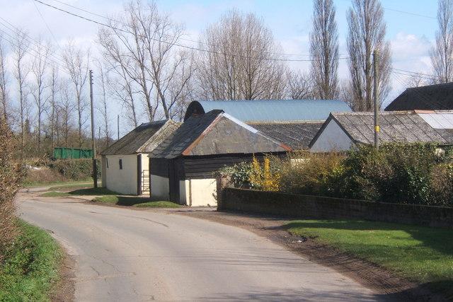 Lane and farm buildings at Fletcher's Farm