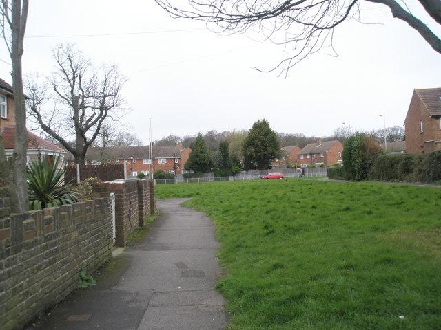 Green between Adhurst and Petersfield Road