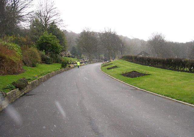 Stoney Royd Cemetery Entrance - Swan Bank Lane